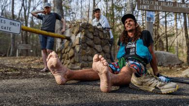 Photo of ¿Cómo es la carrera más salvaje del Mundo? Solo 15 atletas la han podido acabar en 33 ediciones